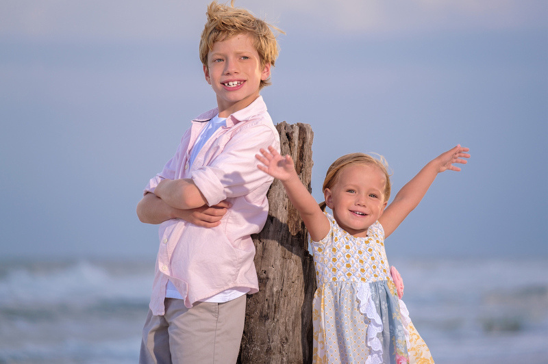 Family Beach Portraits in Fort Morgan