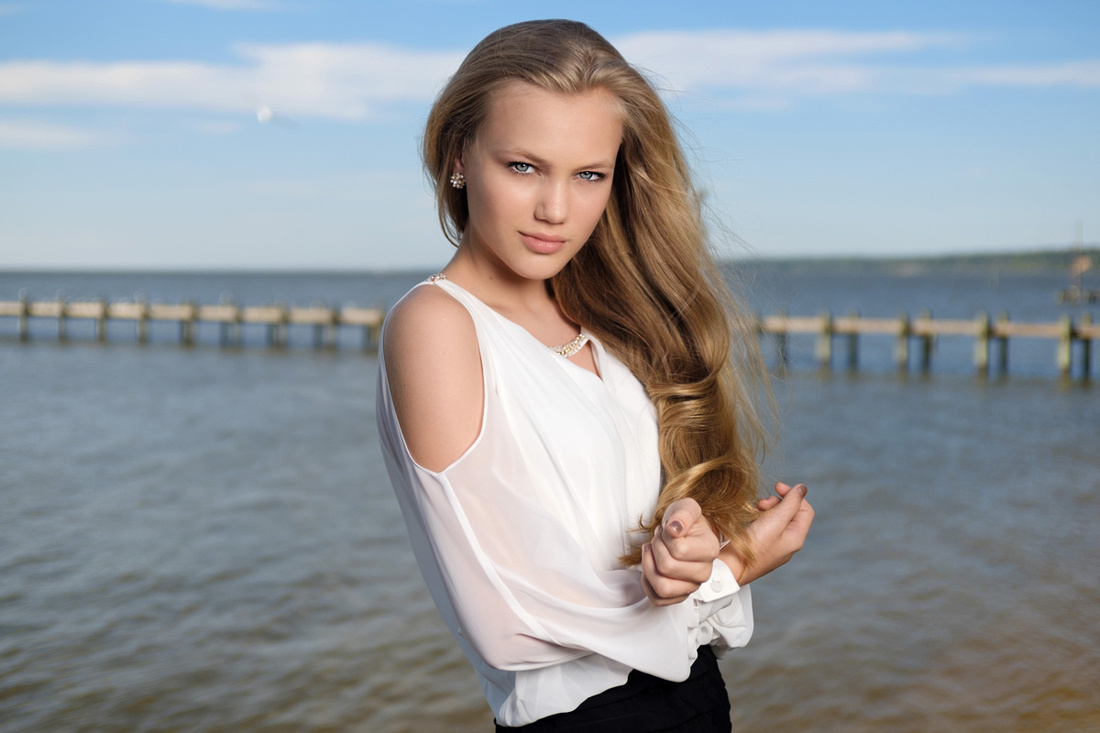 PRom Portrait at Fairhope Pier
